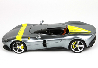 Ferrari Monza SP1 1:18 with display case - P18164A BBR